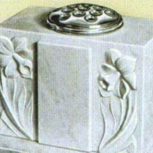 marble-pot-double-flower2A55B248-7D75-DBA9-A6FE-C81A62D48474.jpg