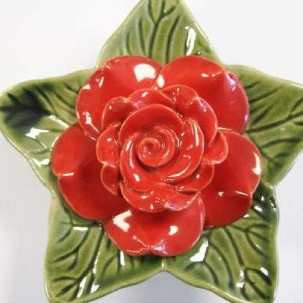 memorial-rose-redA01912C2-E9C5-73A2-1869-85A3E724E2FA.jpg